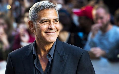 Джорджа Клуни увезли на скорой после ДТП на скутере