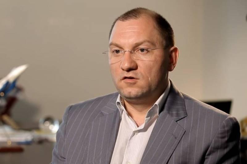 Руслан Пухов оценил вероятность вторжения талибов в Среднюю Азию Новости