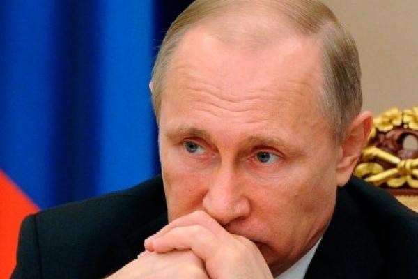 Bloomberg: Путин изучает воп…