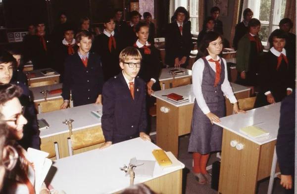 Советские школьные традиции, которые вызывают у меня ностальгию