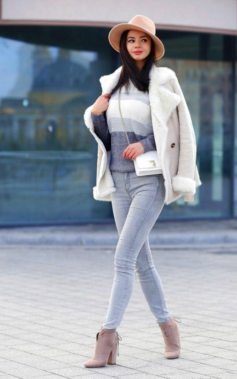 Серые джинсы: 20+ модных образов для стильных женщин