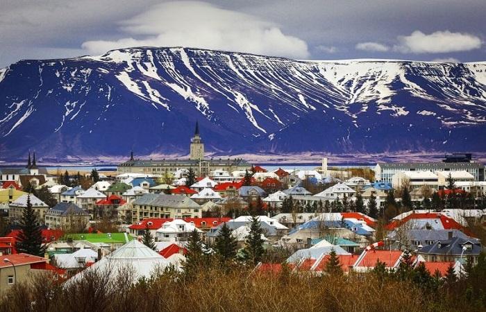 Феминизм и никаких криминальных сводок. Исландия: рай, построенный в аду
