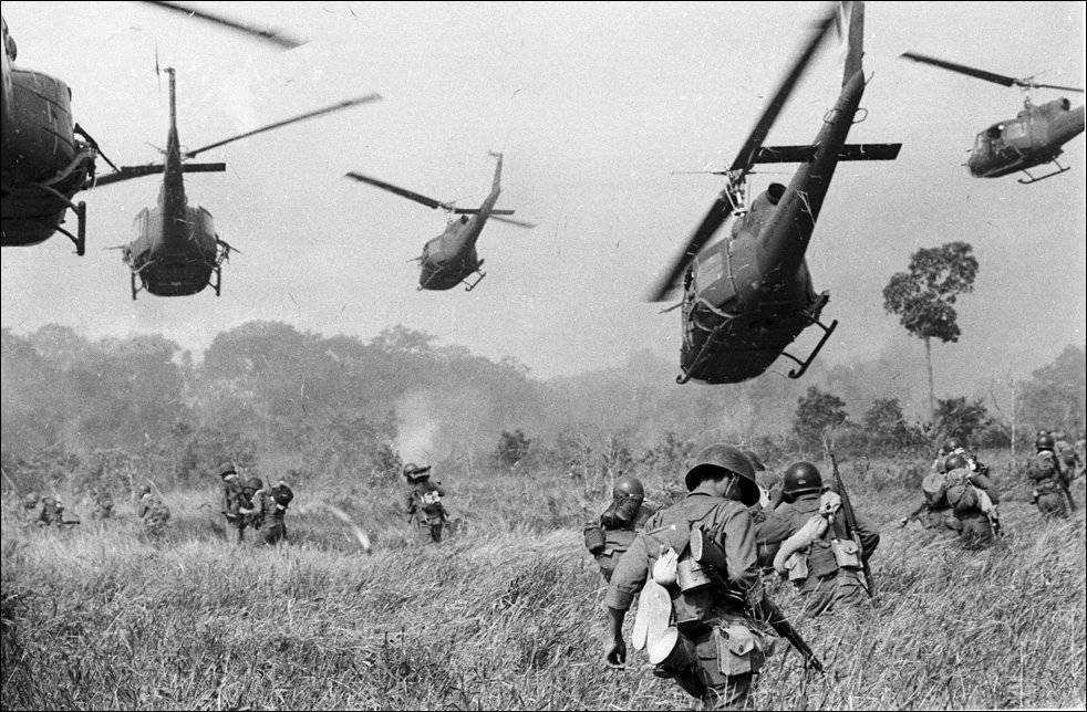 США собирались ударить по Вьетнаму ядерным оружием — NYT