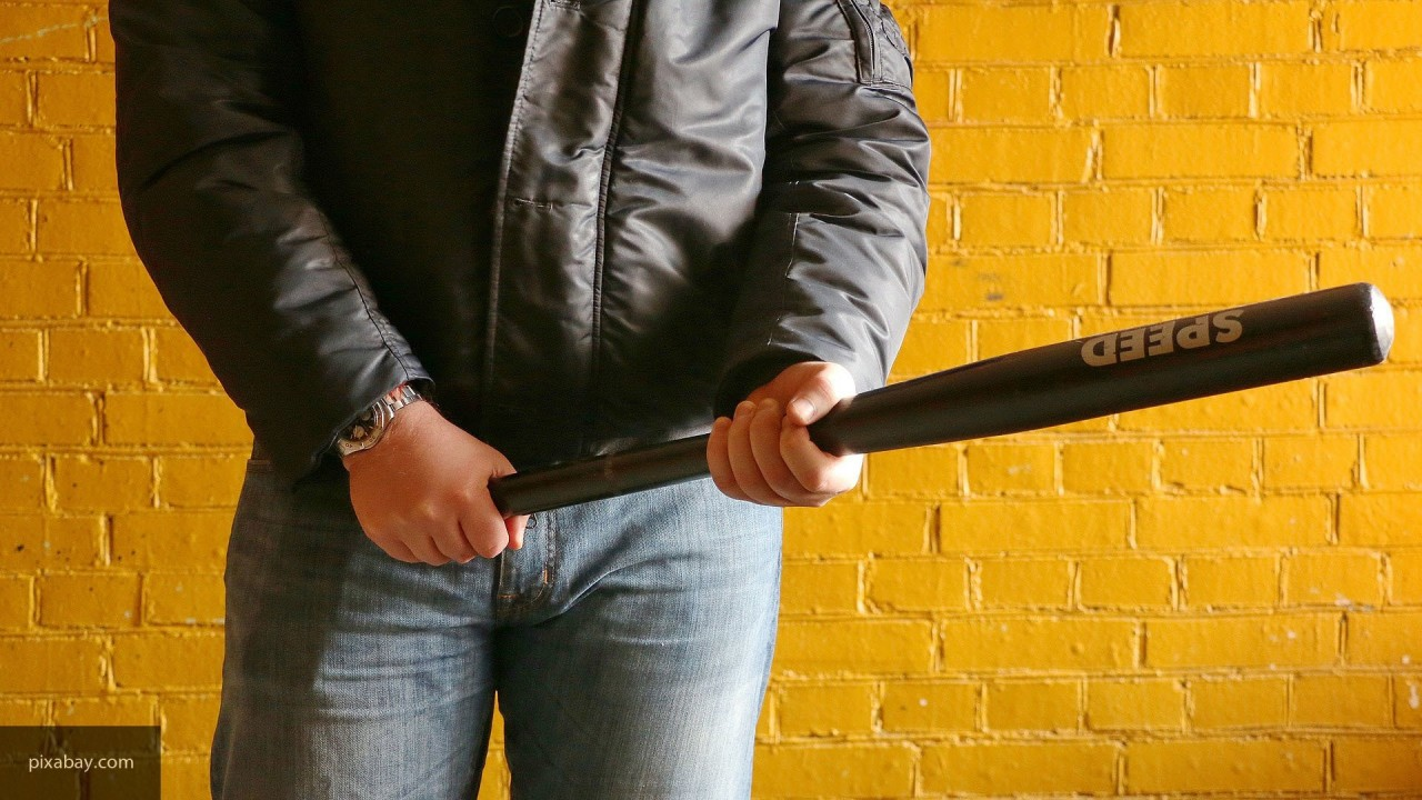 Житель Ульяновска из мести зверски избил знакомого деревянной палкой