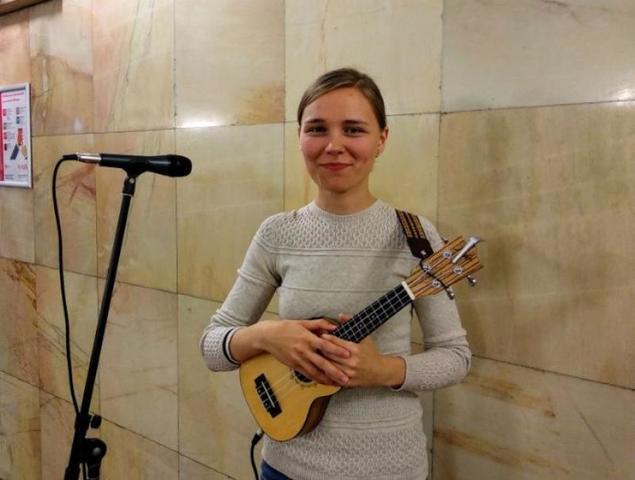 Музыкальное настроение пассажирам метро 18 сентября создаст Алена Абраженина