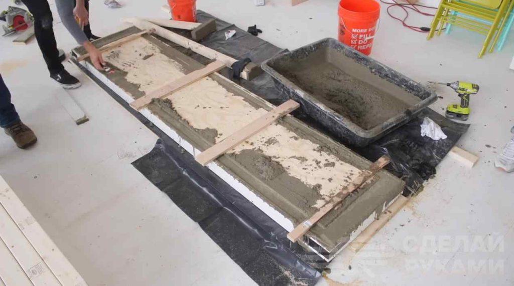 Стол-тумба под телевизор из дерева и бетона самоделкин