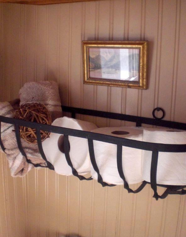 кашпо как полка для ванной комнаты