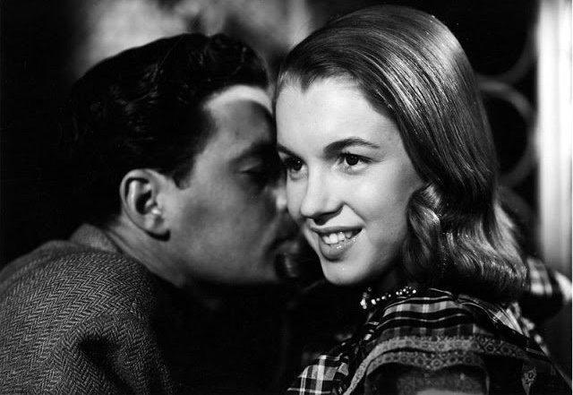 Первый фильм Мэрилин Монро: Редкие фотографии со съёмочной площадки картины «Опасные годы» (1947)