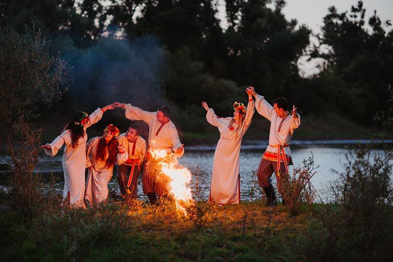 разноцветные картинки праздник ивана купала история и традиции сомнений способен