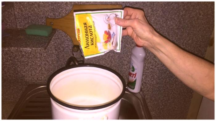 Как за считанные минуты привести в порядок посуду с застарелым коричневым налётом