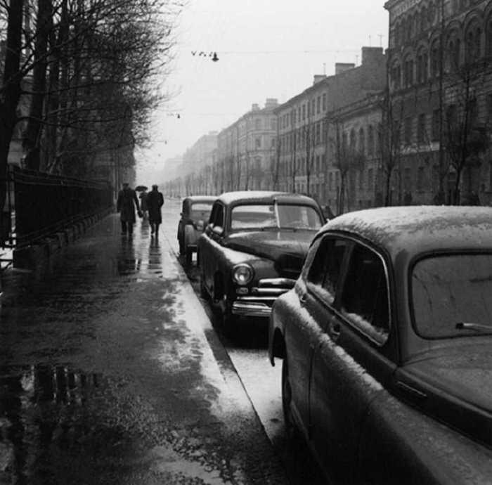 Слякоть. СССР, Ленинград, 1956 год.