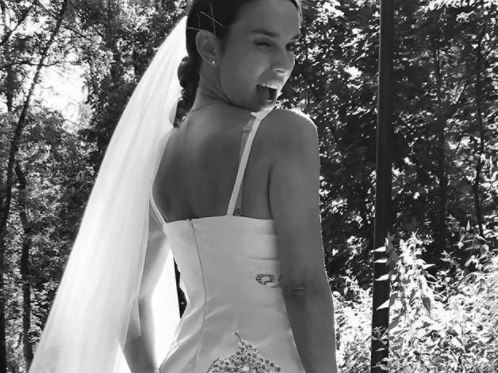 Звезда «Кармелиты» неожиданно вышла замуж Шоу бизнес