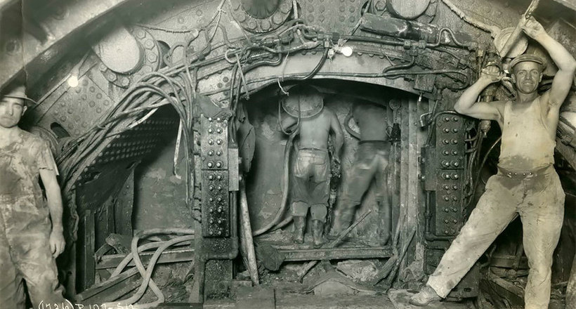 Два брата сфотографировали каждый этап строительства метро Нью-Йорка в 1900-1939 годы