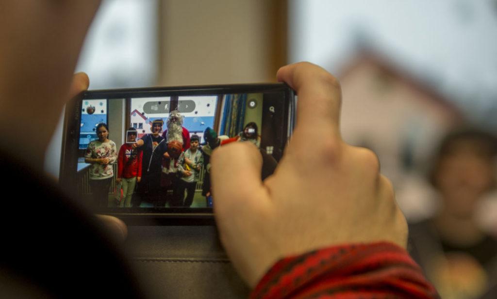 Как реально заработать в интернете, имея только смартфон? гаджеты, интересное, мир, невероятное, смартфоны, технологии, удивительное