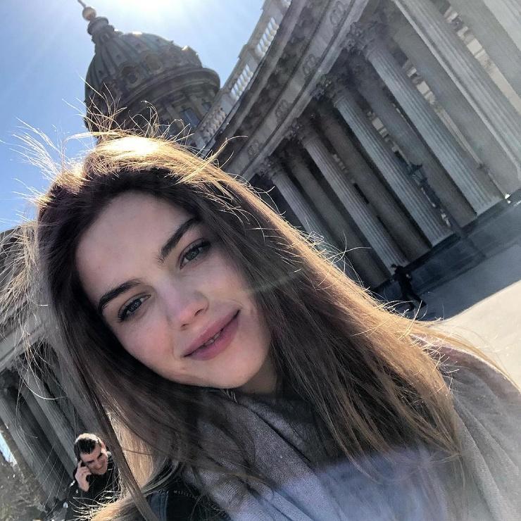 Самые красивые девушки Санкт-Петербурга.