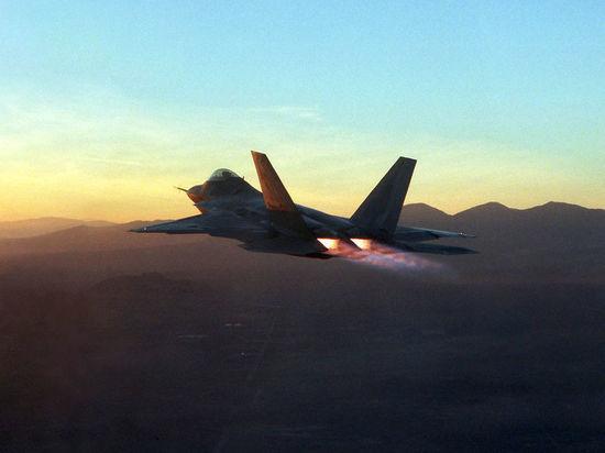 Эксперт рассказал, как в Сирии будут противостоять американским F-22