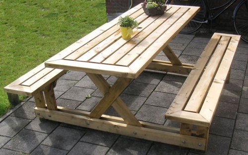 Как сделать деревянный стол и скамейки для дачи