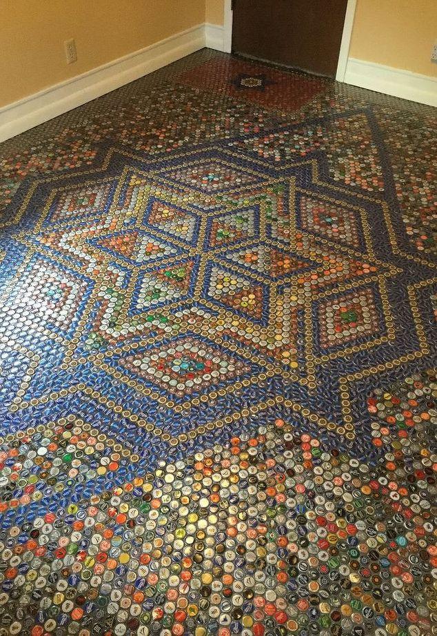 Пол - мозаика из крышек (Diy)