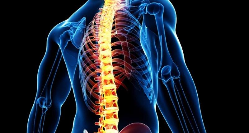 Нейроимплантаты, помогающие ходить парализованным людям