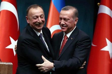 Азербайджан и Турция «вонзают нож» в спину России? Юлия Витязева