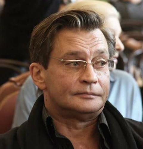 Александр Домогаров о предательстве коллег: «Мне плюют в спину»