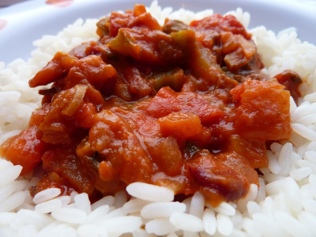 Гуляш с рисом: рецепты приготовления