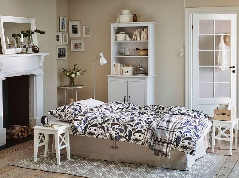 Дизайнерское постельное белье в огуречный рисунок в интерьере спальни
