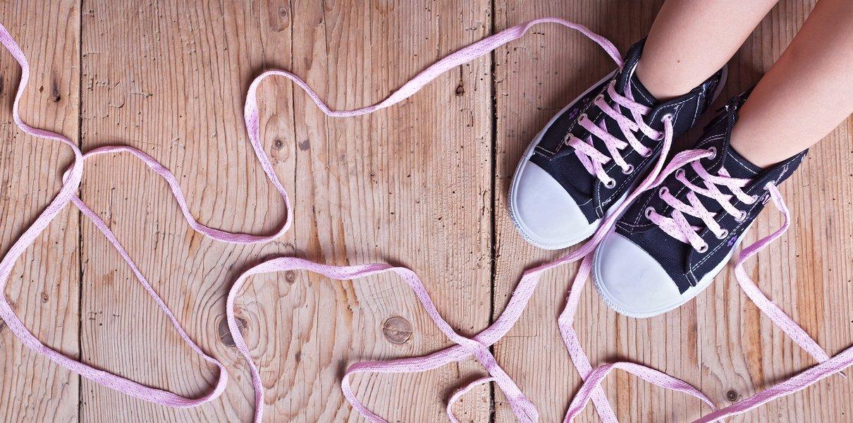 Не умеют вырезать и завязывать шнурки. Учитель — о проблемах современных первоклассников