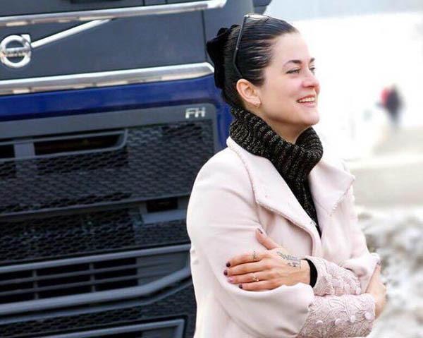 Дальнобойщица Анна Обухова авто, дальнобой, дальнобойщики, интервью, сильная женщина, техника