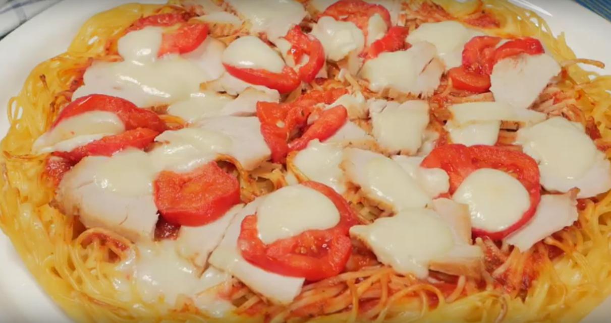 Вкуснейший пирог-пицца из спагетти