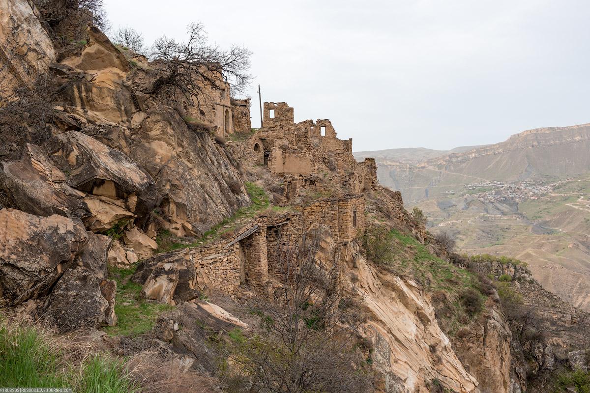 Дагестанский Гамсутль :   как останавливается время... Война и мир