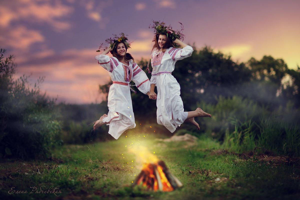 картинки праздник ивана купала история и традиции она