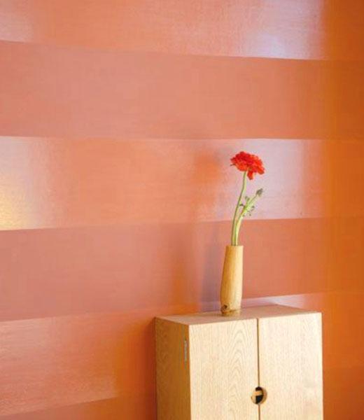 Матовые и глянцевые полосы на стенах