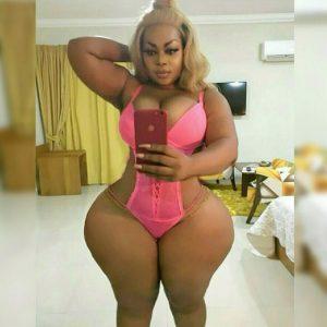 Эта девушка стала популярной из – за такого что ее объём бедер составляет 152 сантиметра!