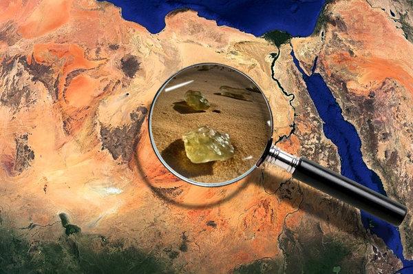Ливийское пустынное стекло - минерал созданный внеземными силами