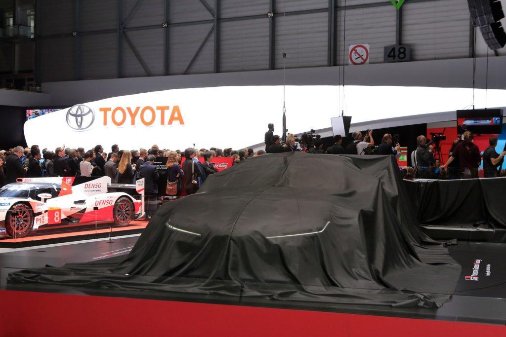 Концепт Toyota GR Supra Racing на женевском автосалоне-7