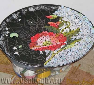 результат 4 часов работы своими руками над мозаикой из яичной скорлупы