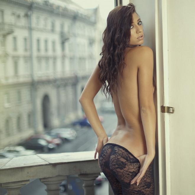 Красота женского тела в будуарной фотографии - 50 примеров - 13