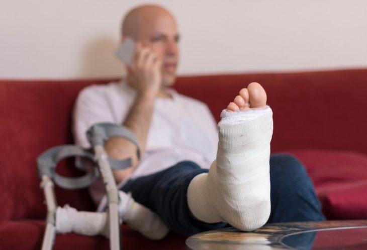 Вышло так, что я бросила своего мужа, когда он лежал в больнице