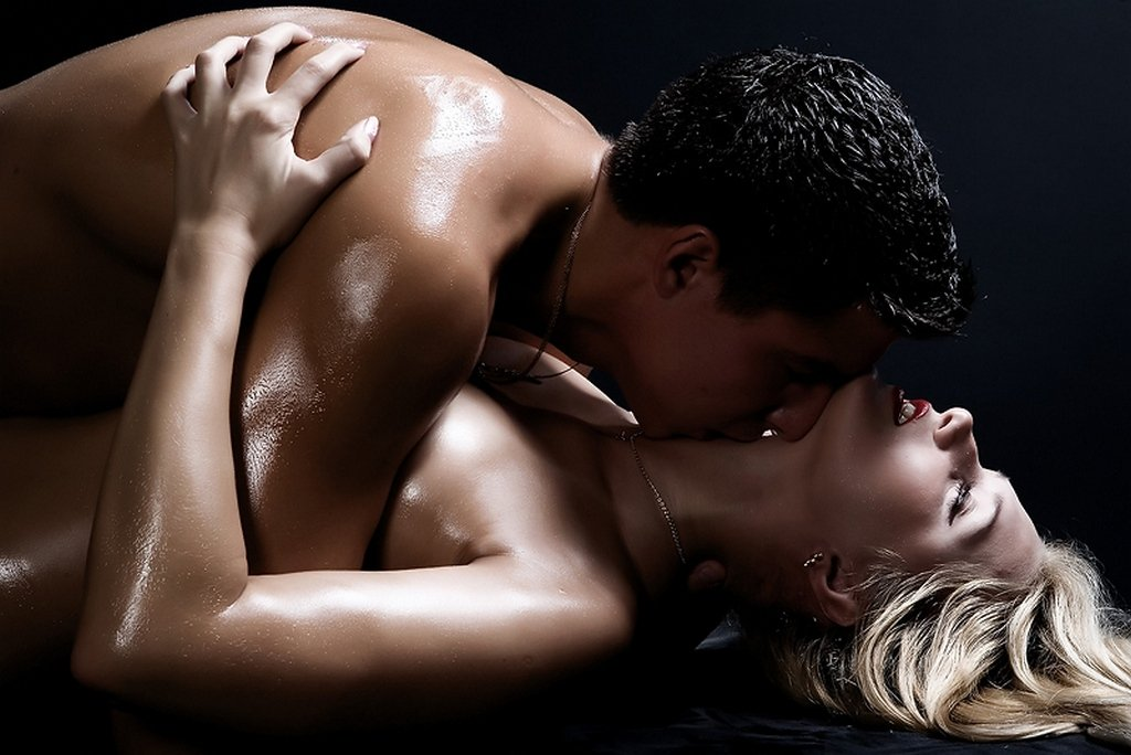 Хочу тебя картинки страсть с надписями мужчине страстные