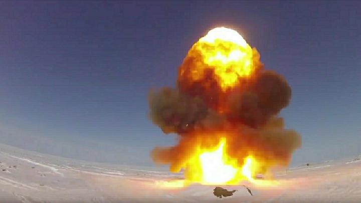 """""""Ошибка возможна"""": Какая страна первой нанесёт ядерный удар? Версии экспертов"""