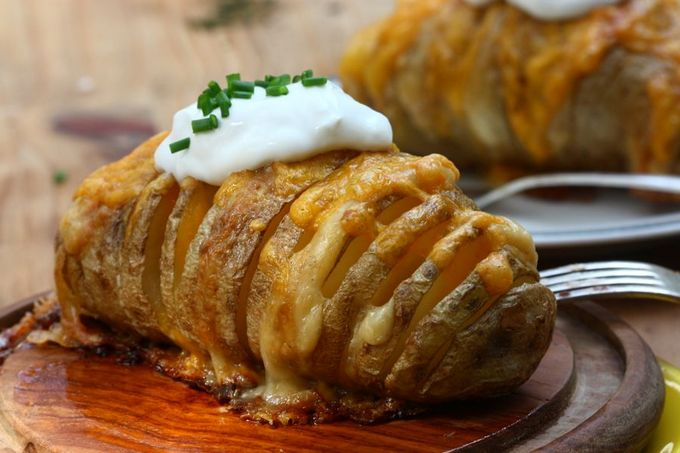 Запечёный картофель с сыром