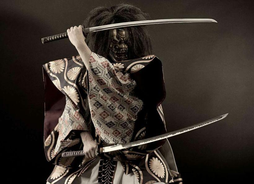 центре под прикольное фото самураев начало проясняться, смену