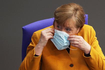 Меркель заявила о резком росте заболеваемости коронавирусом в ЕС Мир