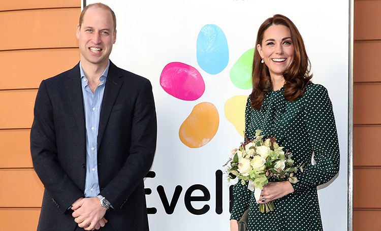 Герцогиня на горошине: Кейт Миддлтон снова вышла в свет в платье со своим любимым принтом