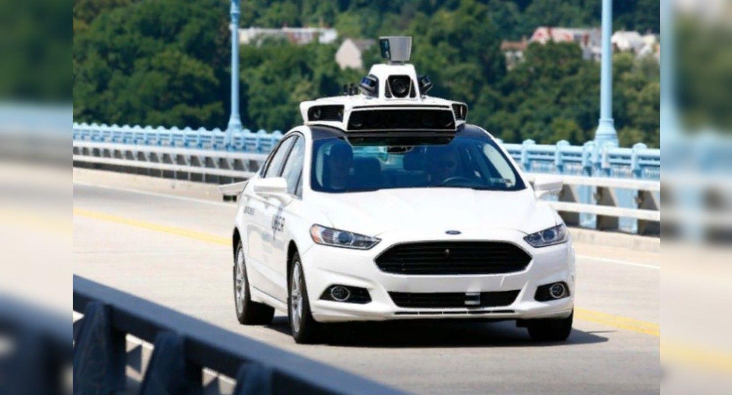 Автоэксперты назвали реальным появление беспилотных авто в России в 2021 году Автомобили