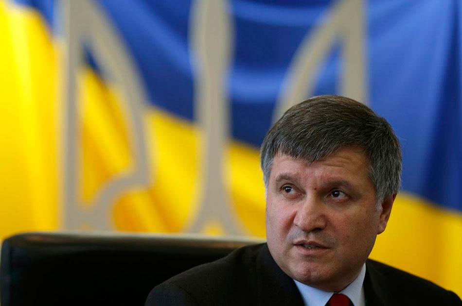 Аваков лишил россиян избирательного права