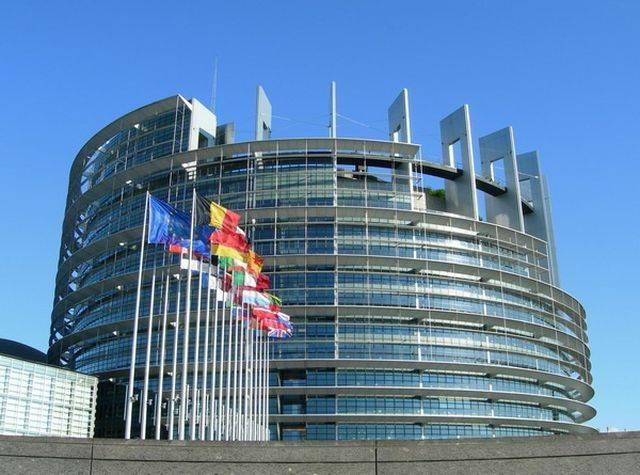 Глава Европарламента предупр…