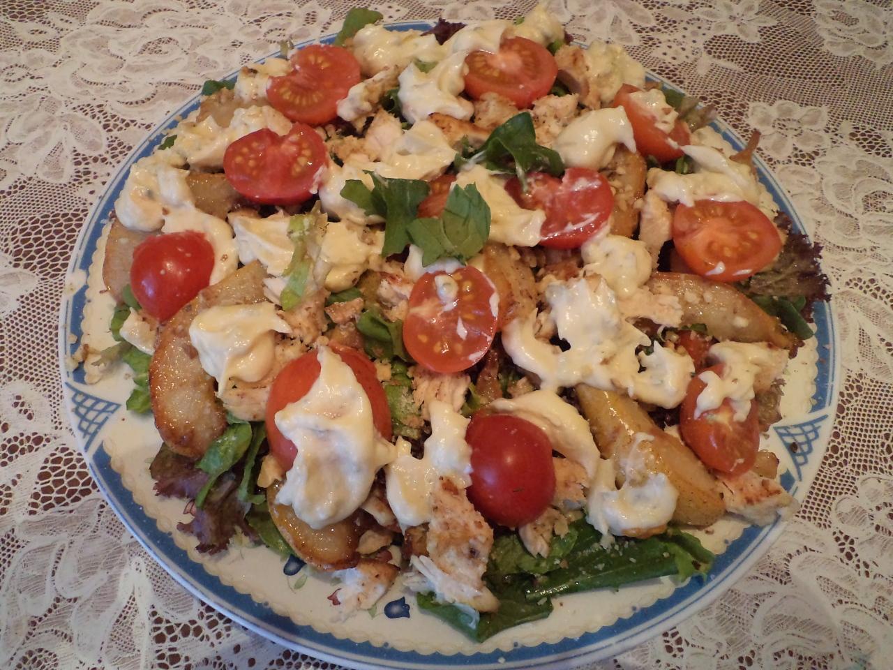 Новогодний салат с грушами