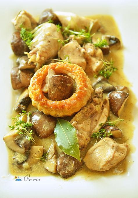 Французкая кухня. Рагу из курицы с шампиньонами